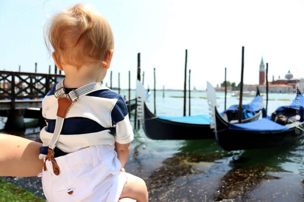 Veneza com criança