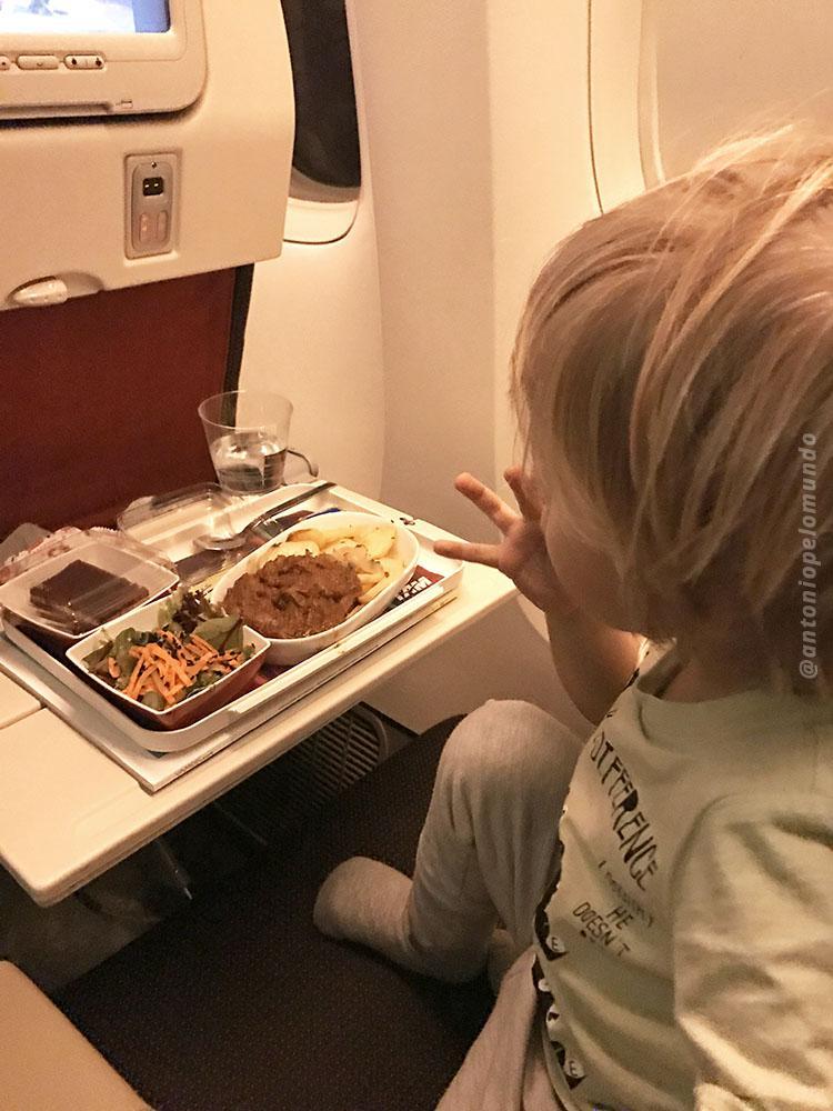 Jantar voo internacional da Tam