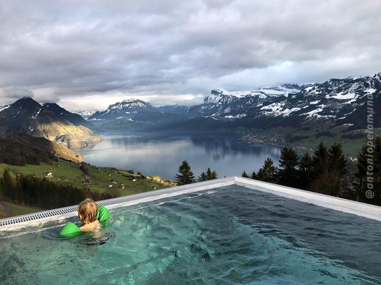 PIscina aquecida - Hotel Villa Honegg - Suíça