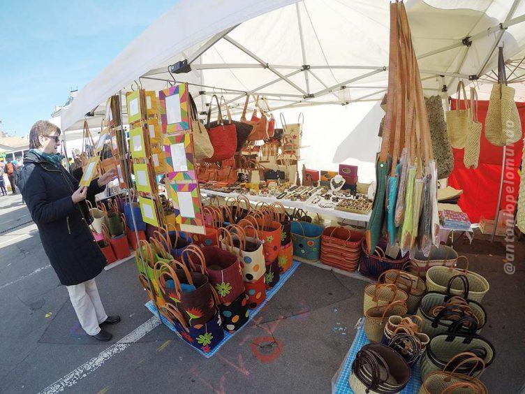 Feira de produtores locais em Vevey