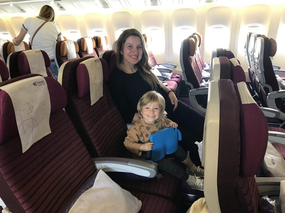 Voando de Thai Airways