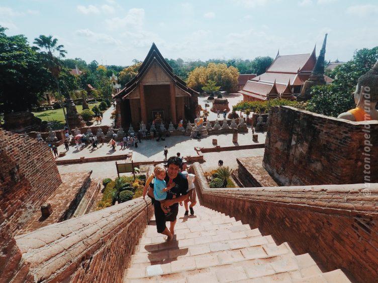 Ayutthaya com crianças