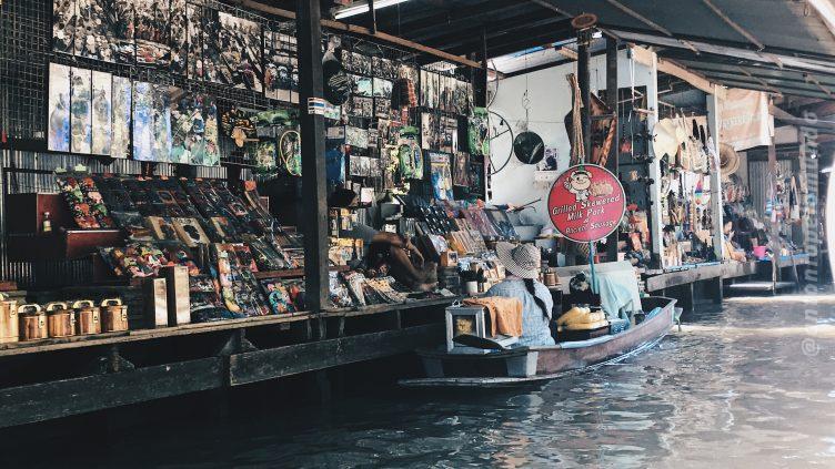 Floating Market em Bangkok