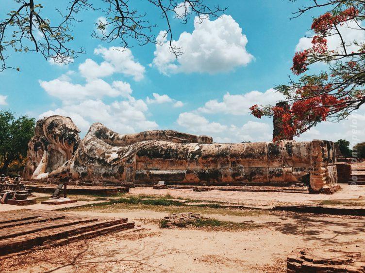 Wat Lokkayasutharam em Ayutthaya