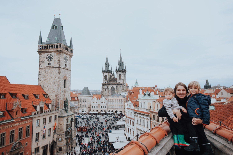 Praça do centro histórico de Praga